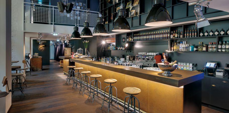 bar caf coole bar wien ruby sofie hotel bar. Black Bedroom Furniture Sets. Home Design Ideas